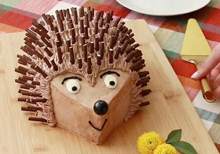 Pocky Hedgehog Cake